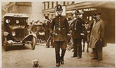 Лондонские полицейские не видели преступников в тех, с кем регулярно виделись в масонской ложе