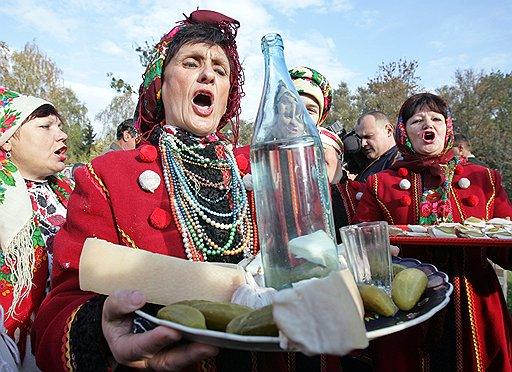 На то, чтобы занять заметное место на мировом алкогольном рынке, российским водочникам нужно потратить немало сил и средств