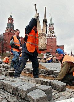 Жены российских мэров способны замостить своей продукцией практически любую площадь