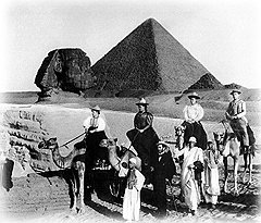 """В дореволюционные времена """"руссо туристо"""" в суровых египетских условиях испытывали на прочность свой """"облико морале"""""""