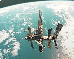 """На обеспечение жизнедеятельности станции """"Мир"""" за 15 лет ушли миллиарды долларов, еще 750 млн руб. потребовалось на ее затопление"""