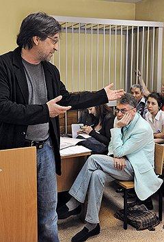 Вопрос о правомерности антипремий встал особо остро после церемонии, проведенной Артемием Троицким на концерте Юрия Шевчука