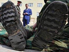 Посещая Таманскую дивизию, верховный главнокомандующий обещал не увеличивать срок службы