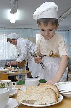 Даже хлеб в детсадах не избежал витаминизации