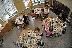 Цена вопроса о питании московских дошкольников — порядка 20 млрд руб.