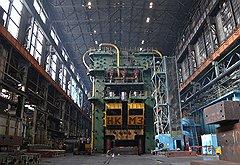 """Корпорация """"ВСМПО-Ависма"""" — крупнейший в мире производитель титана. Но без уникального оборудования и грамотного управления переход к рыночной экономике она могла и не пережить"""