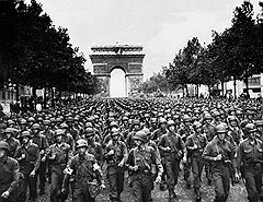 Генерал Джон Ли заполонил Париж своими снабженцами, а снабженцы наводнили город краденым военным имуществом