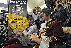 С дерзостью российских пиратов может сравниться только нелепость, с которой их преследуют
