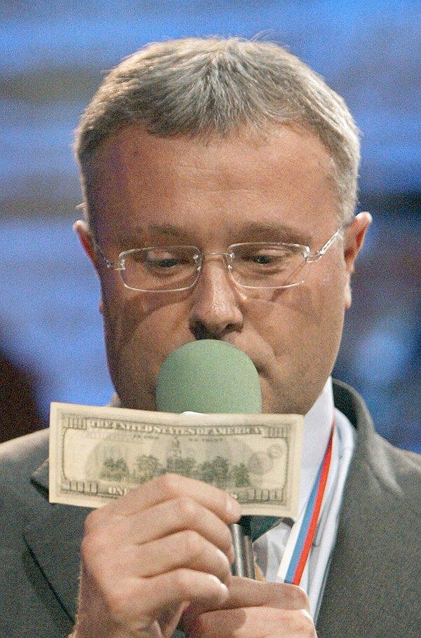 Состояние Александра Лебедева тает на глазах, и он больше не хочет, чтобы его называли бизнесменом