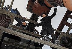 Прежде чем к работе приступит команда инженеров компании Quadro Electric, ее владельцы Артем Денисов (слева) и Владимир Млынчик сами изучают каждый объект
