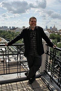 Коммуникационное агентство Winter Илья Осколков-Ценципер зарегистрировал в Лондоне, чтобы находиться в самой гуще дизайнерской мысли
