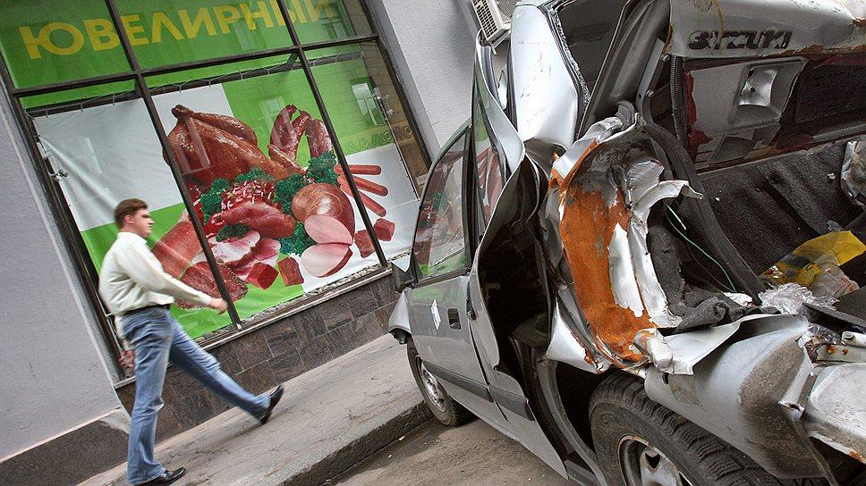 Благодаря решению Верховного суда распространить действие закона о защите прав потребителей и на ОСАГО, автоюристам теперь хватает не только на хлеб с маслом, но и на многое другое