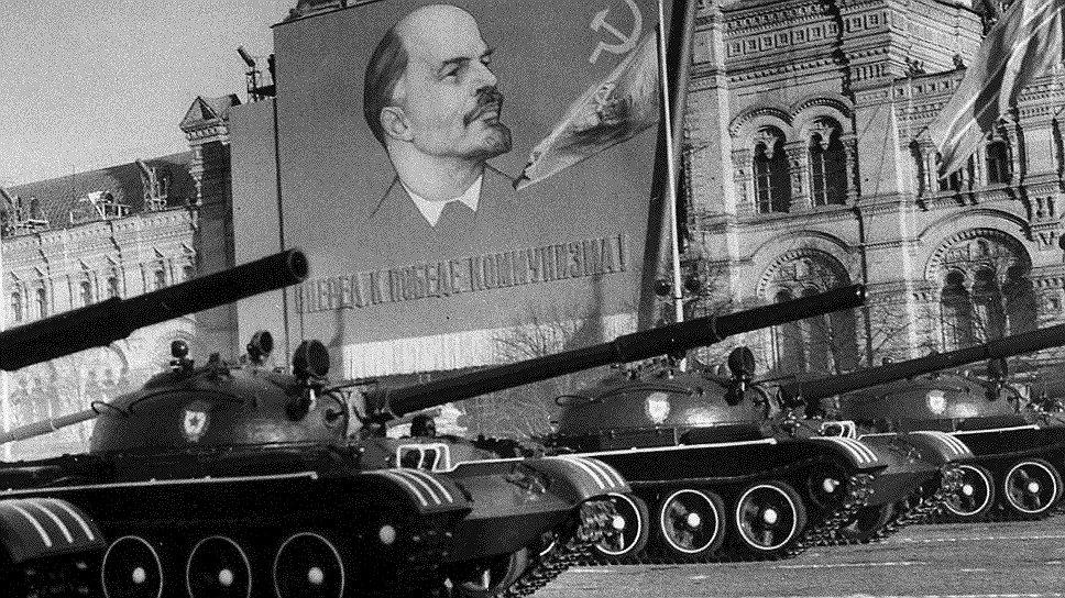 Чем больше живой силы и техники насчитывалось в Советской армии, тем больше в ее рядах фиксировалось правонарушений и преступлений