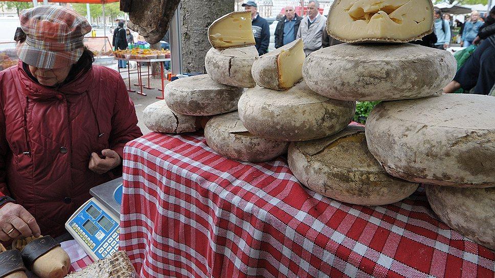 Швейцарский сыр знаменит не меньше швейцарских банков или часов