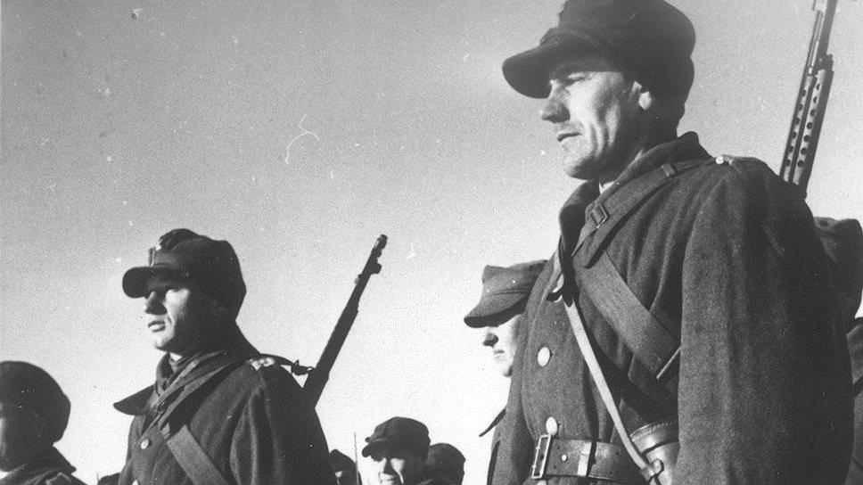 По мнению НКВД, подготовка польских солдат к отправке из СССР резко подняла цены на советском валютном черном рынке