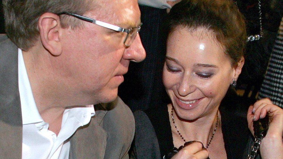 При создании благотворительного фонда Ирине Тинтяковой помощь Алексея Кудрина не потребовалась, но на жертвователей имя ее мужа неизменно производило должное впечатление