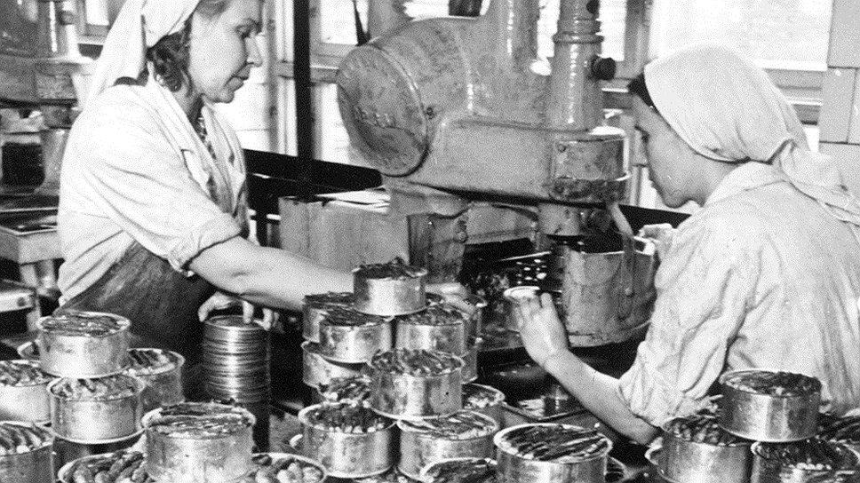 Недолив 3-5 граммов масла в консервы приносил организаторам акции только в одном цехе отдельно взятого завода 2 тыс. килограммов масла в месяц