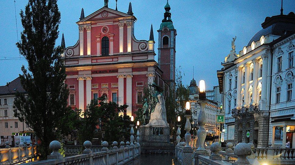 Набережные Любляницы словно созданы для вечерних романтических прогулок