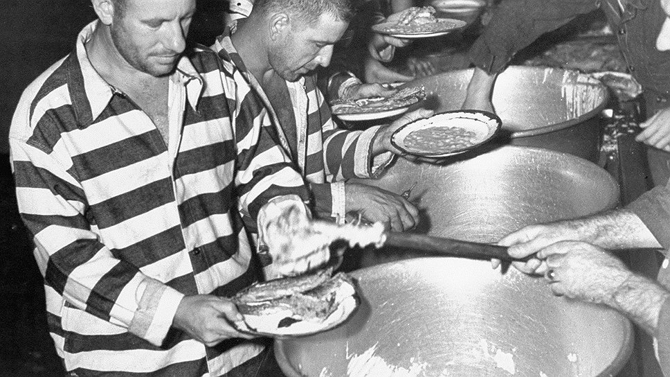 Американские заключенные получали не только баланду, но и возможность попользоваться продукцией компании Johnson&Johnson, а также укол диоксина