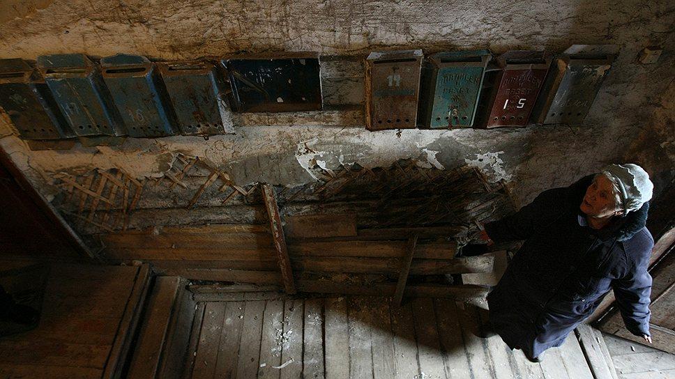 Предстоящие половине московских домов капитальные ремонты наверняка всколыхнут даже тех жильцов, которые с советских времен верят в непобедимость ЖЭКа