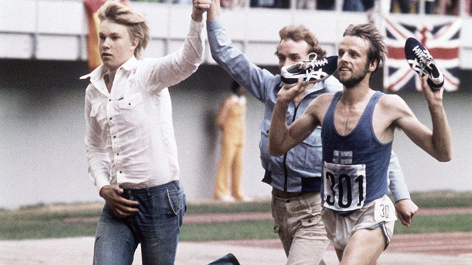 Олимпийский чемпион Лассе Вирен прославил не только флаг родной Финляндии, но и шиповки фирмы Tiger