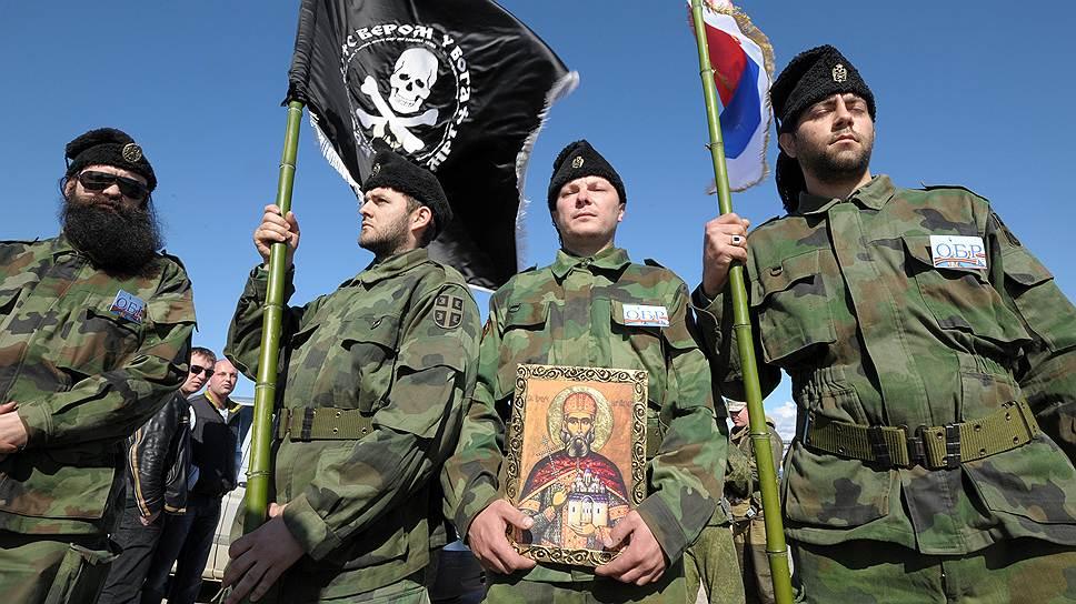 Сербские волонтеры добавили колорита народному ополчению Севастополя