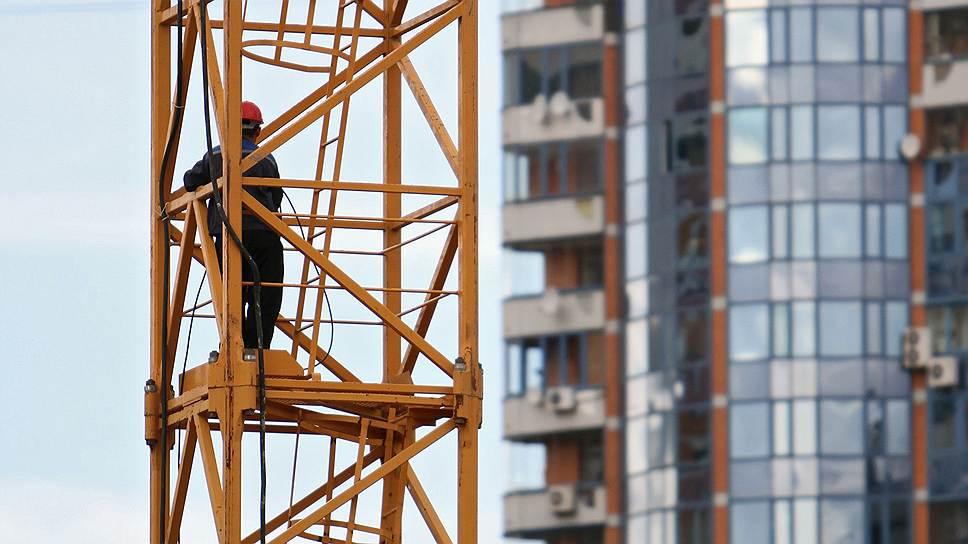 Застройщики будут продавать квартиры по обещанным в программе доступного жилья ценам, если власти помогут им увеличить объемы строительства