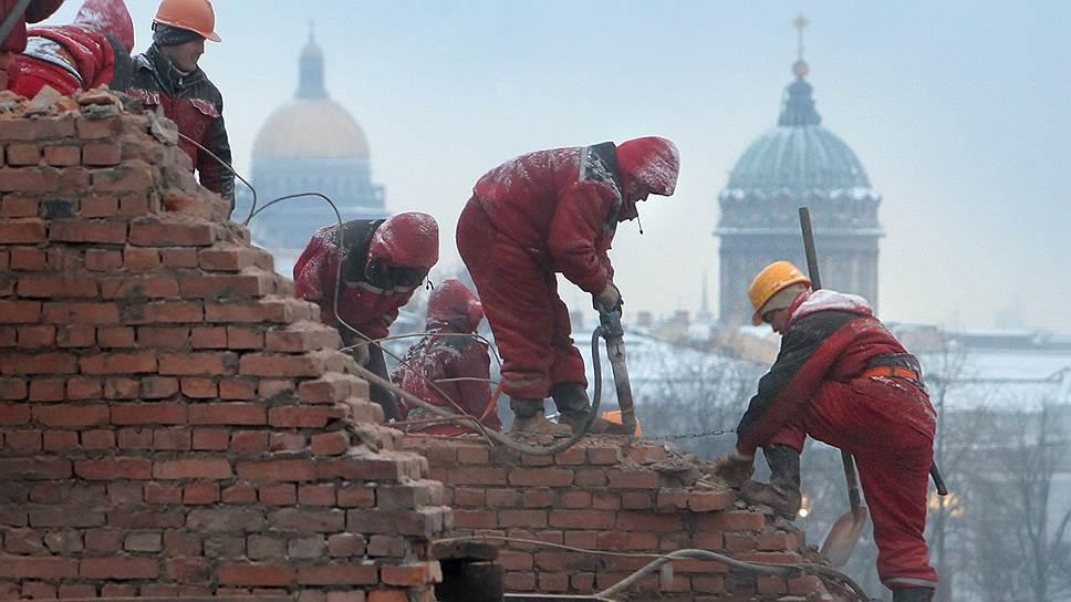 Строительство гостиниц в Петербурге не успевает за ростом турпотока