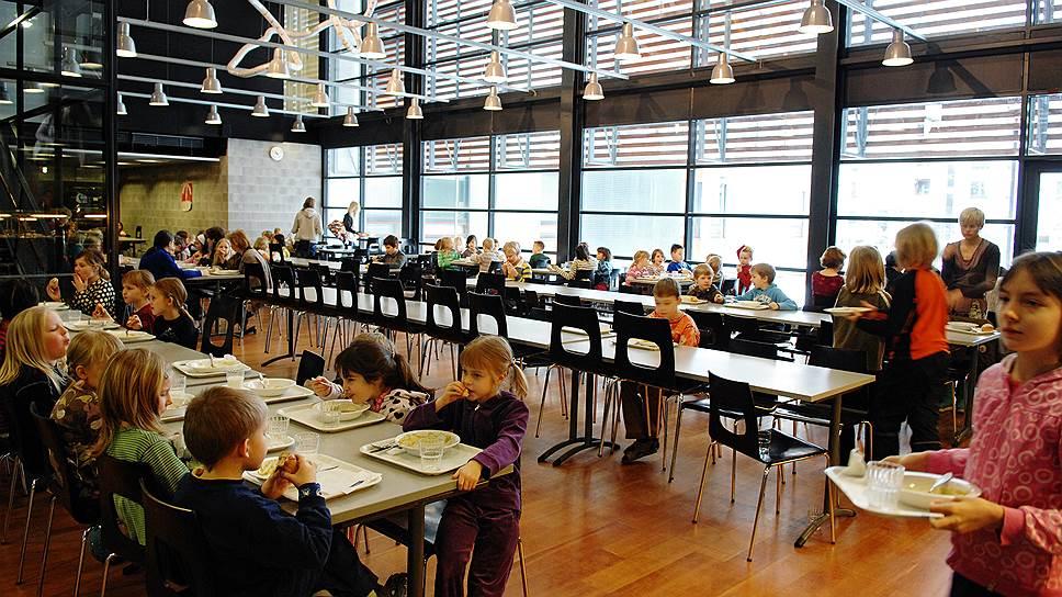 Школы в Финляндии выглядят лучше, чем большинство российских, но главное их отличие не в архитектуре и дизайне, а в отношениях между учителями и учениками