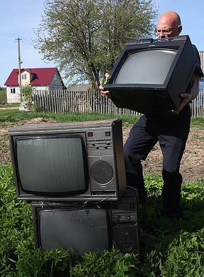 Только в России второе жилье есть даже у многих малоимущих