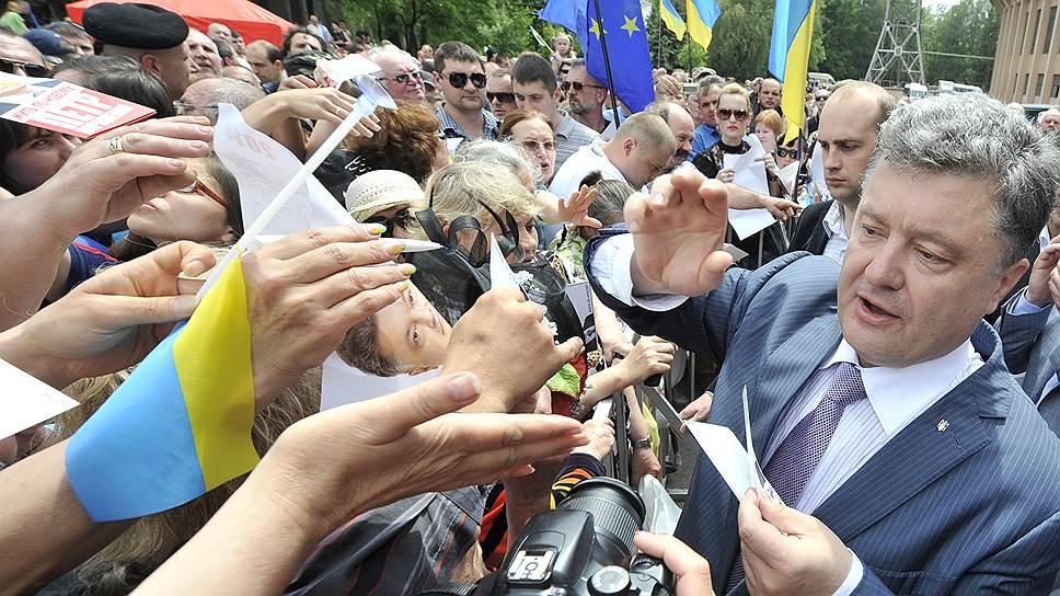 Петр Порошенко: от сласти к власти