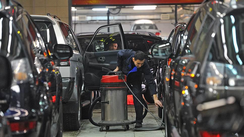 Стимулировать падающий спрос на автомобили только с помощью кредитов вряд ли удастся