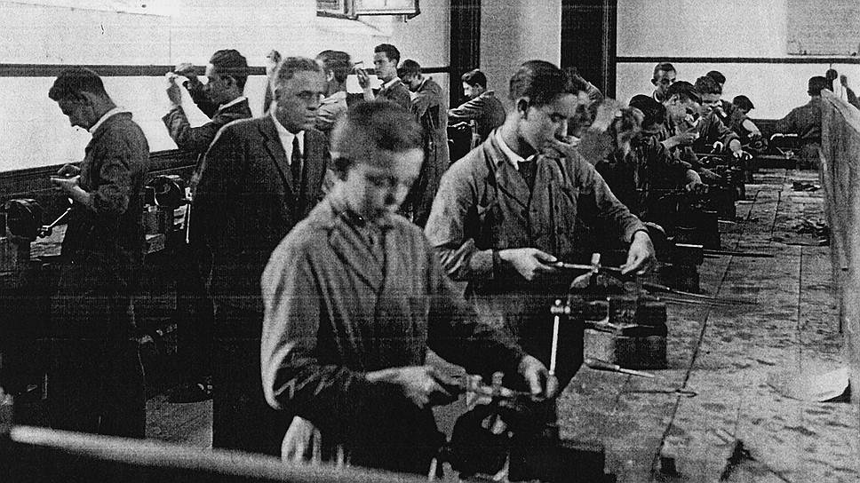 Один из принципов социального эксперимента Арисменди: условия для рабочих должны быть лучше рыночных