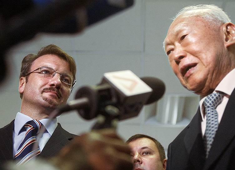Бывший министр экономики, нынешний глава Сбербанка Герман Греф много лет убеждал руководство России в том, что опыт Ли Куан Ю может быть полезен для России
