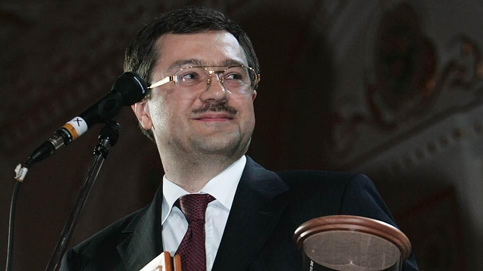 Лучшим банкиром России Анатолий Мотылев стал в 2006-м, а в 2015-м вкладчикам его лопнувших банков Агентство по страхованию вкладов должно выплатить рекордную сумму