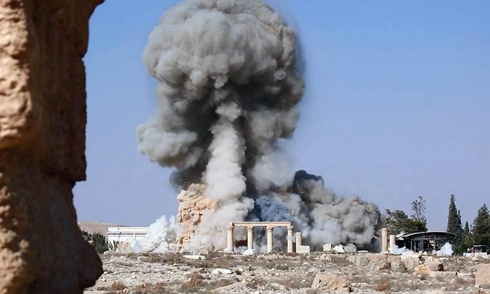 """Боевики """"Халифата"""" разрушают античные памятники не только потому, что это языческие артефакты, но и для того, чтобы проще было их грабить"""