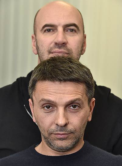 Леонид Барац (внизу) и Ростислав Хаит пока не разобрались, как шутить на питчингах Фонда кино, чтобы гарантированно получать от государства деньги