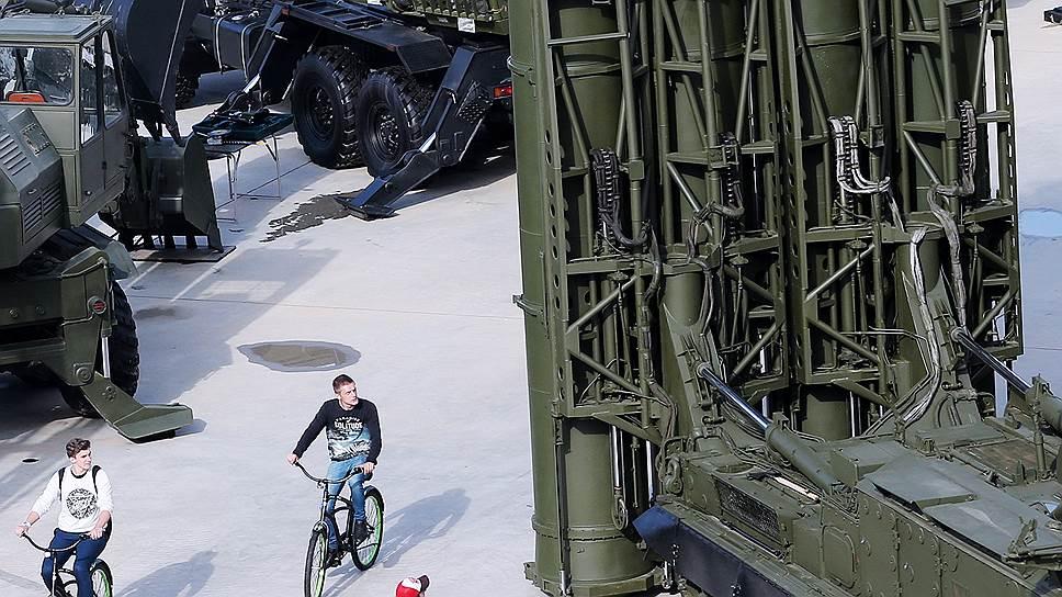 Каким спросом пользуется российское оружие после Сирии