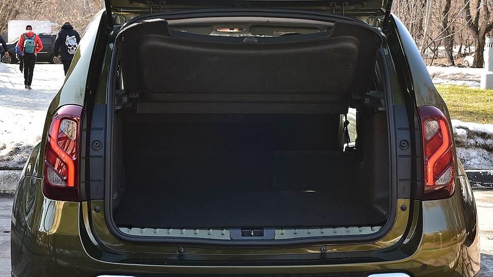 Стандартный объем багажника — 408 л, максимальный — 1570 л