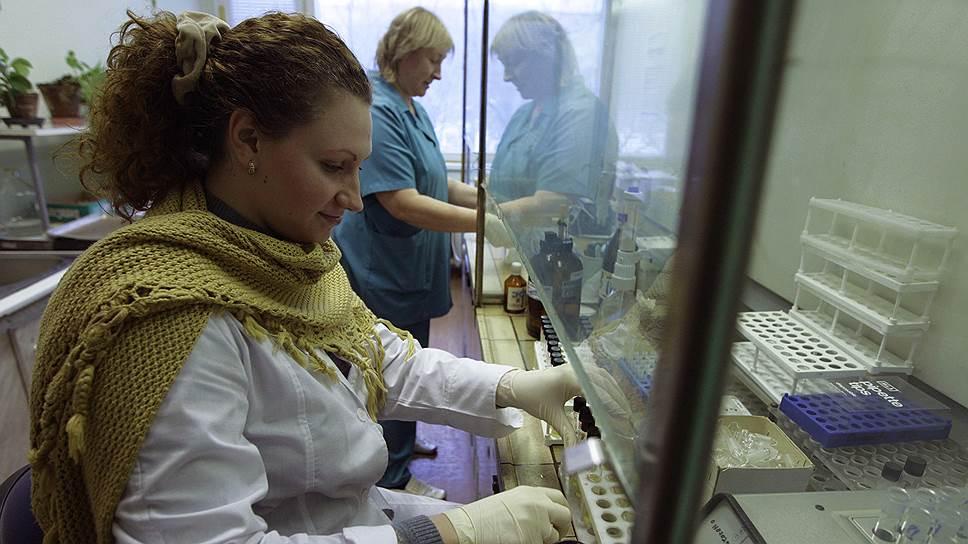 Еще недавно московский Антидопинговый центр старательно проверял биопробы спортсменов на анаболические стероиды