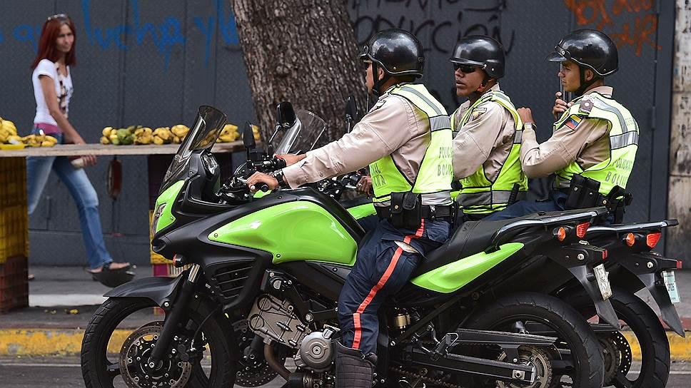 В Южной Америке полиция совсем не синоним блюстителей закона — могут и ограбить