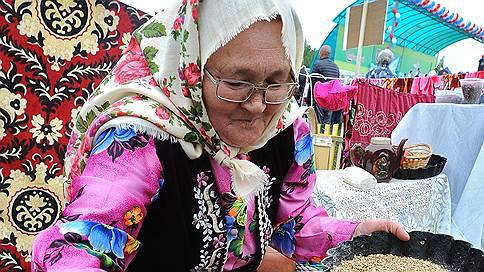 Зерно нечаянно нагрянет  / Рекордный экспорт пшеницы из России обернулся падением цен
