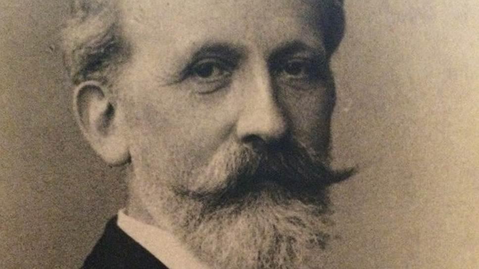Первое кредитное бюро в Российской Империи открыл Вильгельм Шиммельмпфенг, фирма с этим именем существует в Германии и сегодня
