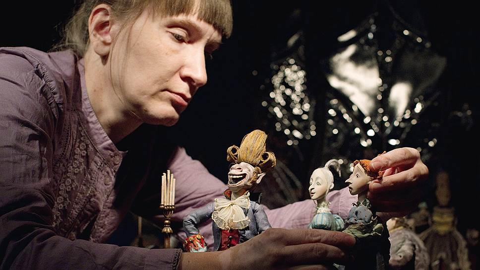 Полнометражный кукольный мультфильм «Гофманиада» значится в производстве «Союзмультфильма» с 2001 года