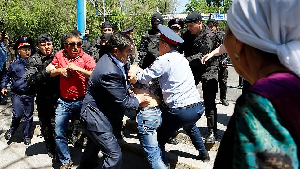 Казахстанские власти не на шутку испугались антикитайских протестов в мае 2016 года