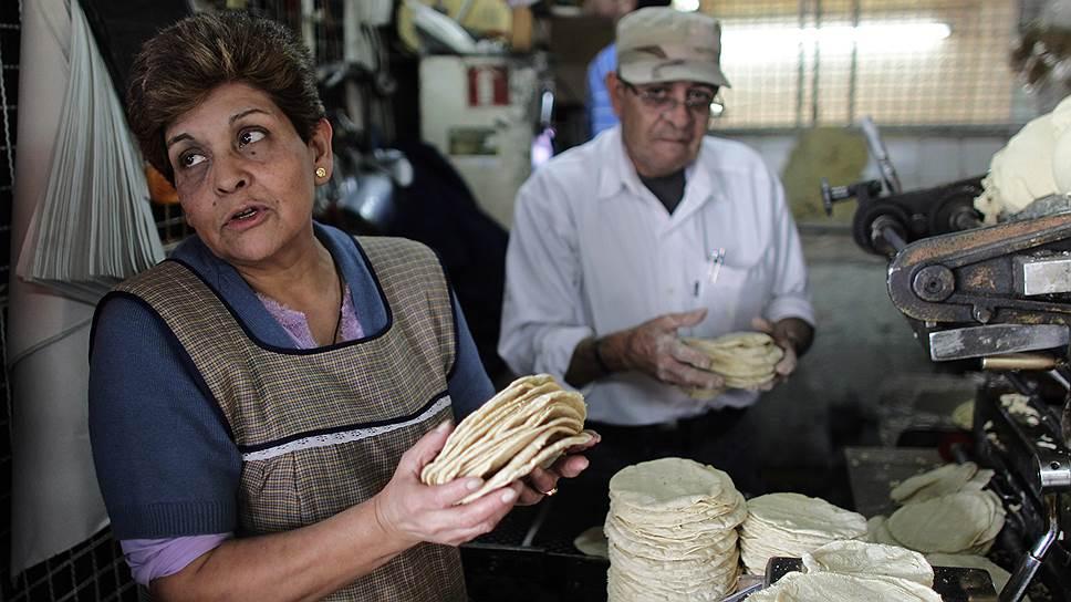 Главная еда Мексики — кукурузные лепешки тако
