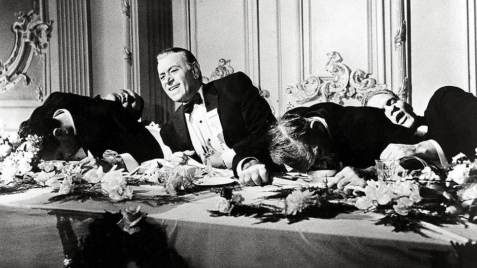 Накануне Великой депрессии 5% самых богатых американцев получали треть всех доходов (к слову, о гангстерах: Коломбо Белые Гетры должен был быть мультимиллионером). И могли позволить себе решительно все