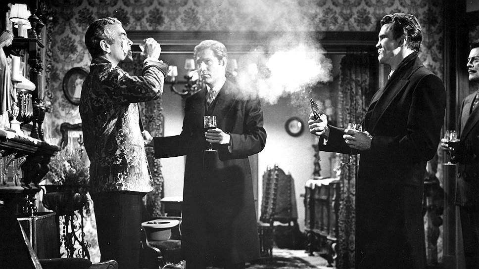 Богатым людям, в отличие от полунищих музыкантов, сухой закон выпивать не мешал (кадр из фильма «Бойня в День святого Валентина»)