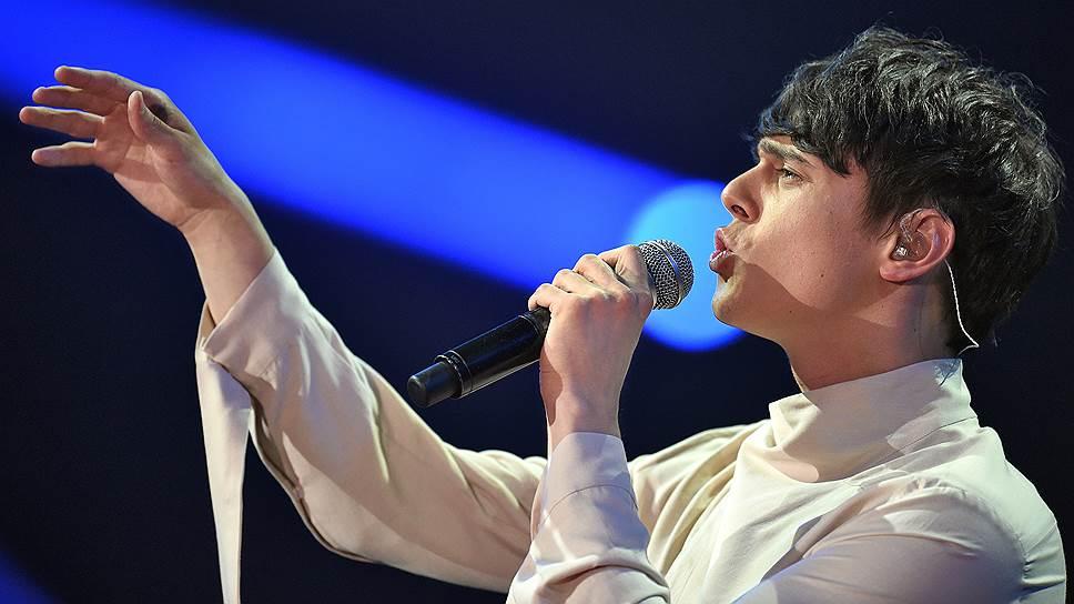 """Украинские исполнители, несмотря на официальную пропаганду, пользуются в России популярностью: песня Никиты Алексеева (Alexeev) """"Пьяное солнце"""" — одна из самых ротируемых"""