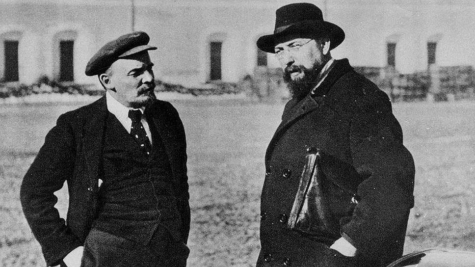 Основатели советской России Владимир Ульянов-Ленин и Владимир Бонч-Бруевич считали конфискацию пенсионных накоплений вкладом в установление социальной справедливости и построение светлого будущего